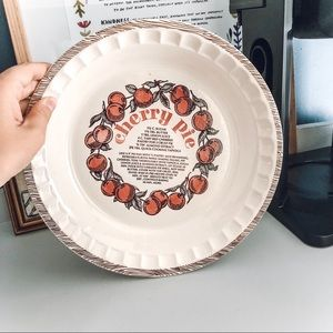Cream Cherry Pie Plate